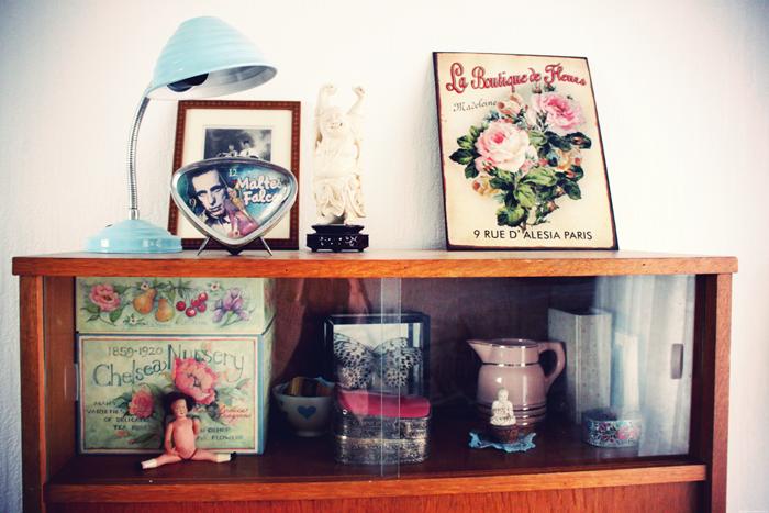 montessori et nous dans mon bureau leur espace eux et dieu cr a. Black Bedroom Furniture Sets. Home Design Ideas